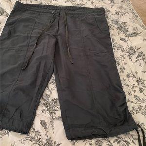 Danskin cropped workout pants sz XL 16-18